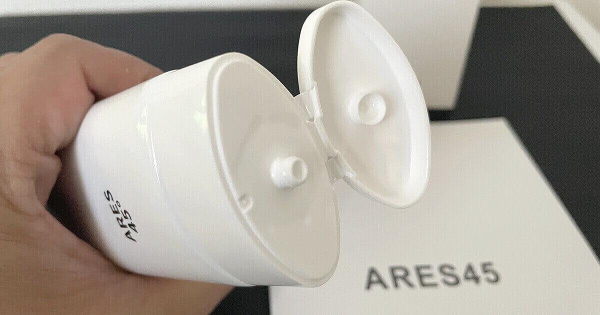 アレス45の洗顔フォームの出し口